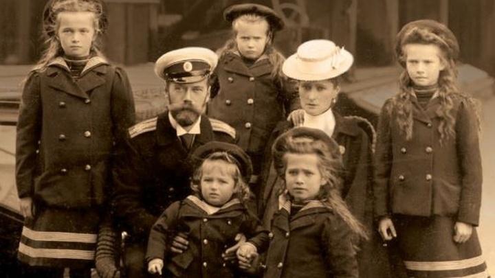 Часами держали в поезде и создавали каторжные условия. Тест о жизни и смерти семьи Романовых в Екатеринбурге