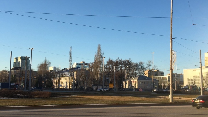 Стелу «Город трудовой доблести» поставят на площади Карла Маркса