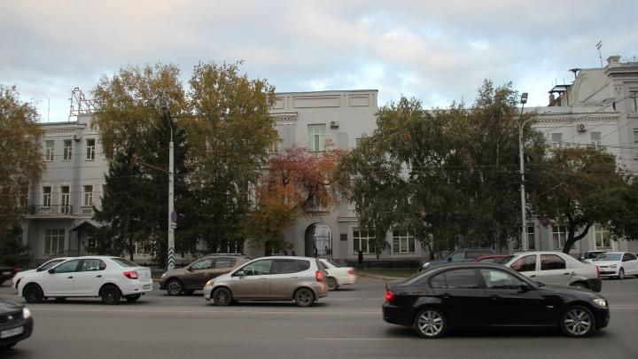 В центре Омска запланировали новый Камергерский переулок. На месте сквера могут появиться парковки