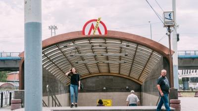 Выставка для обиженных омичей: как станцию несуществующего метро превратили в арт-пространство