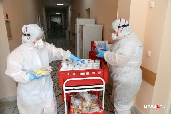 Суточные показатели заболевших ковидом в Башкирии 27 августа впервые превысили 300 человек