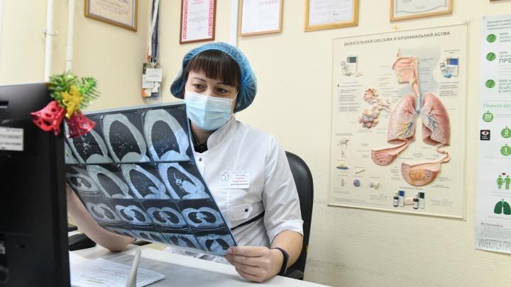 Минздрав сократил число препаратов для лечения COVID-19 и рассказал о рисках развития туберкулеза у пациентов