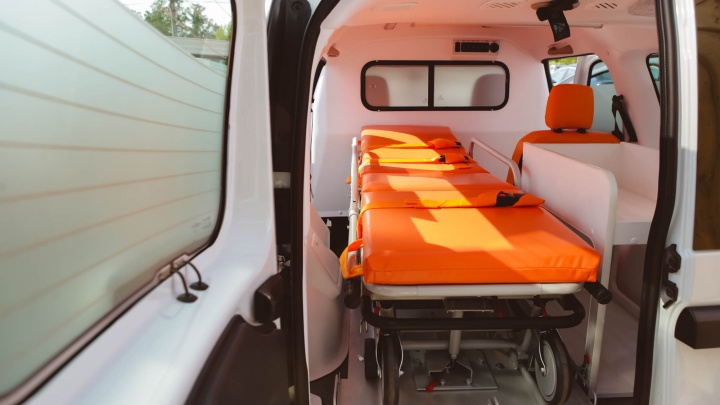 На чём ездят Росгвардия, таксисты и врачи: АВТОВАЗ представил линейку специальных авто