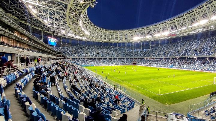 «Только три тысячи человек»: Глеб Никитин увеличил число зрителей на домашних матчах «Торпедо» и игре ФК «Нижний Новгород»