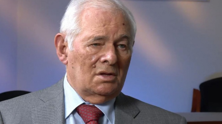 Леонид Рошаль в эфире общества «Знание» попросил родителей не водить детей в поликлиники