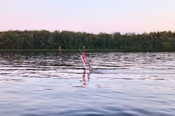 На реке у 25-го лесозавода перевернулся и затонул буксир «Двина»