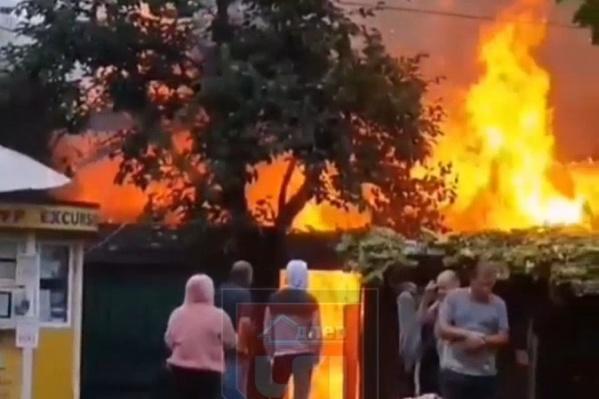 Пожар случился на улице Ленина