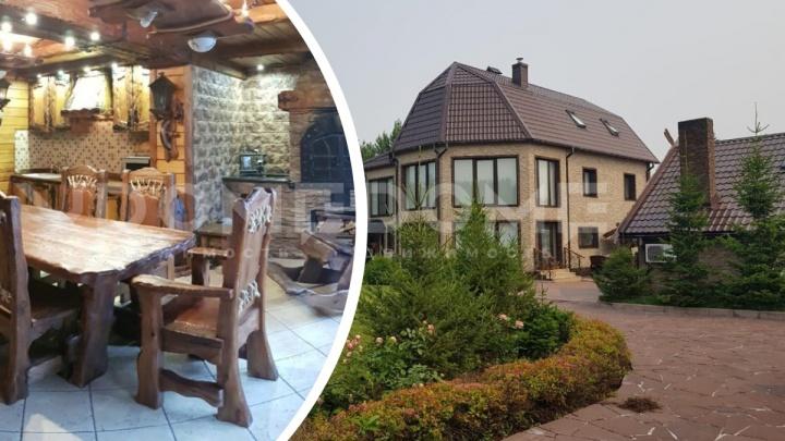 В Новосибирске продают дом с виноградниками и винным погребом— 19 фото из роскошного классического коттеджа