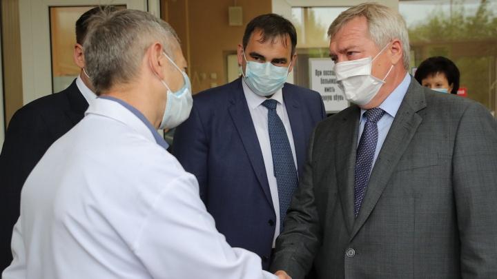 Голубев назвал лучших врачей коронавирусного года на Дону