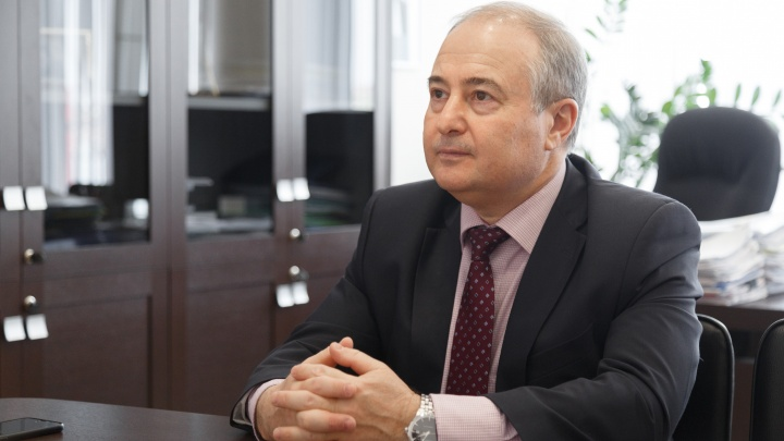 Третья волна, нехватка врачей и уход Модестова — задали самые насущные вопросы министру здравоохранения Борису Немику