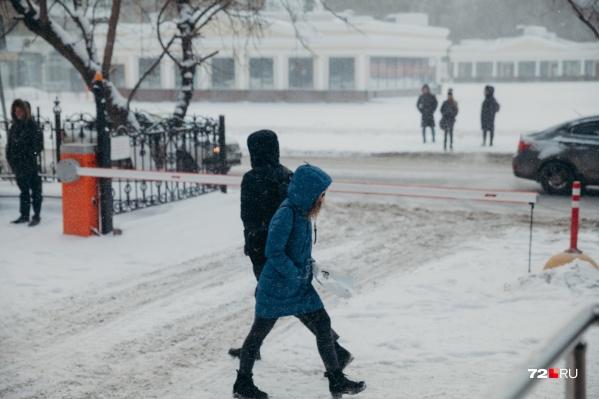 В этом году февраль не на шутку капризничает. По совету синоптиков одевайтесь теплее, потому что впереди нас с вами ждет еще несколько холодных дней