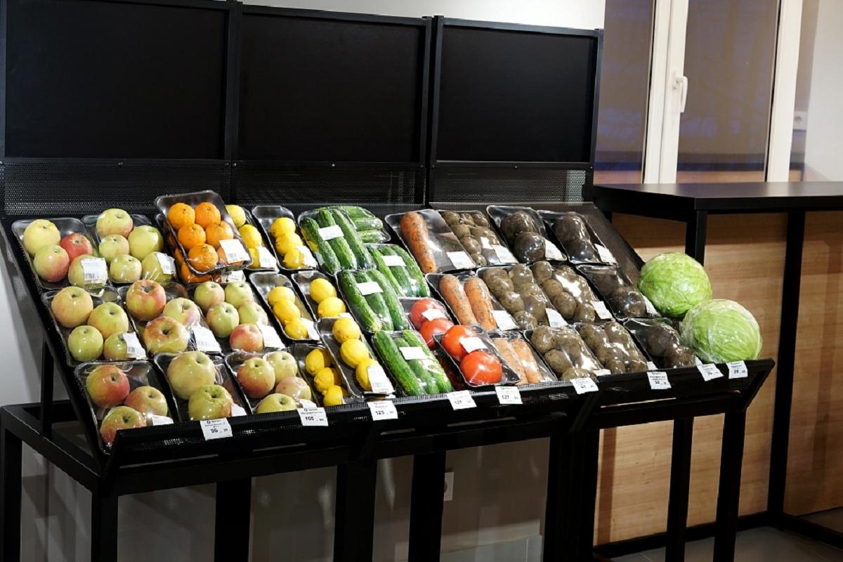 Здесь представлено много свежей и натуральной продукции