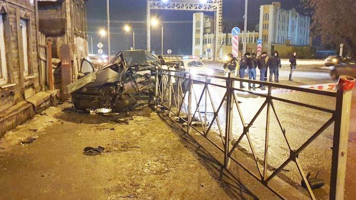 Появилось видео с места смертельного ДТП у Фрунзенского моста