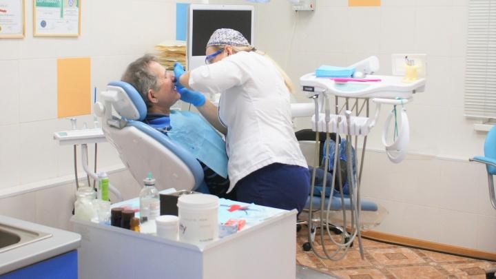 Восстановят хоть всю челюсть: всё, что необходимо знать об имплантации