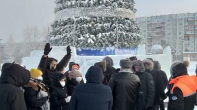 В Югре на несогласованные митинги в поддержку Алексея Навального вышли 65человек, 11 задержали
