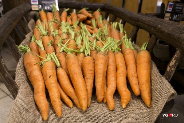 Морковь сейчас сложно найти