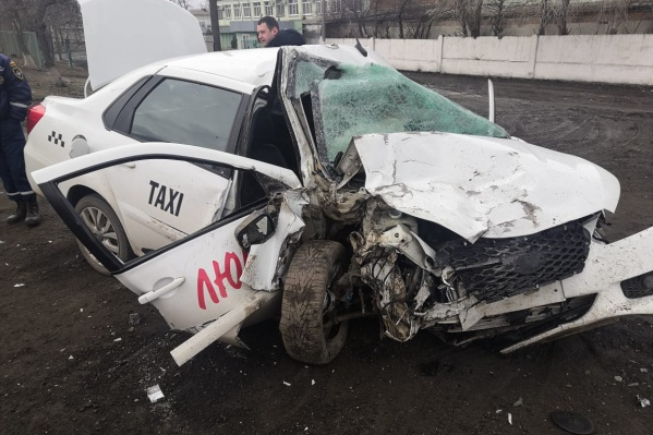 Водитель такси также пострадал