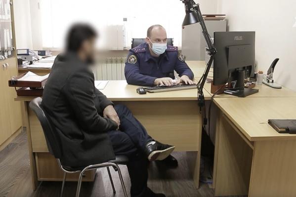 Уроженец Таджикистана дал показания, но вину свою не признал