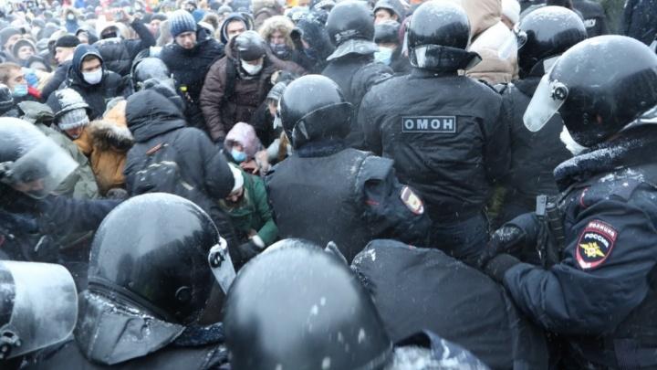 «Я так больше не буду»: следователи опубликовали видео допроса напавшего на полицейского в Тольятти
