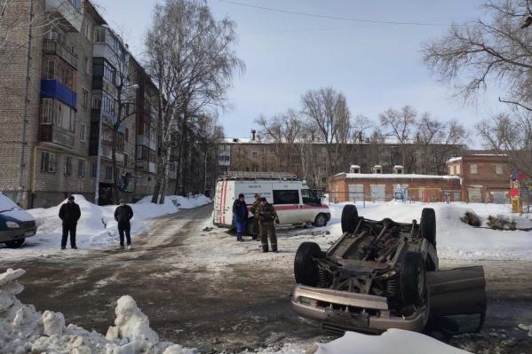 По информации сотрудников ГИБДД, на «Ниве» была установлена зимняя резина