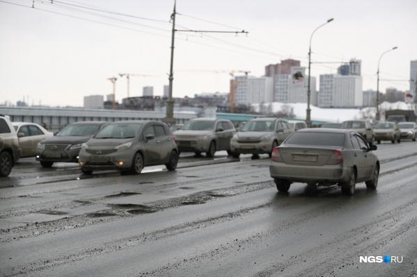 Дороги в Новосибирске действительно находятся в неважном состоянии