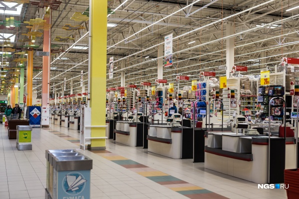 Новосибирцы отправились в магазины за вентиляторами