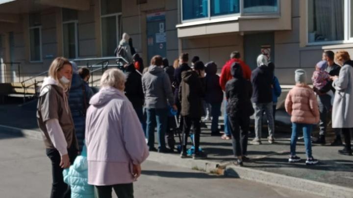В Минздраве придумали, как избавиться от очередей в детских больницах Екатеринбурга