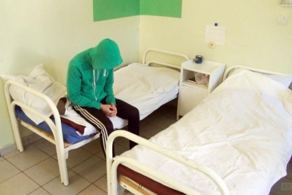 Медики обязаны помогать всем пациентам вне зависимости от их принадлежности к какой-либо социальной группе