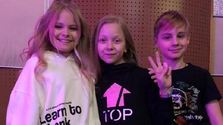 9-летняя блогер и начинающая певица из Перми выступила дуэтом с Миланой Гогунской
