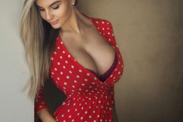 Анастасия Горбунова — модель и инстаграм-блогер из Екатеринбурга