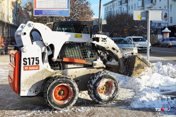 В Тюмени подготавливают новую площадку для вывоза снега