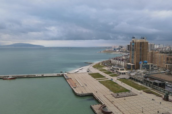 Первым туристам придется купаться в облачную погоду