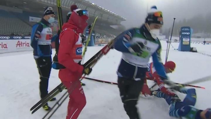 Российских лыжников наказали за выходку Александра Большунова