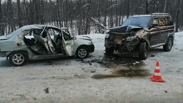 В Прикамье в ДТП на трассе погиб пассажир иномарки