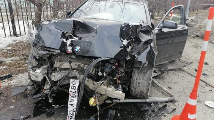 В Тюмени пьяный водитель на BMW сбил натротуаре 81-летнюю женщину