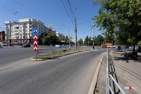 Убирать правый поворот в этом месте или нет, власти не могут решить уже полтора года