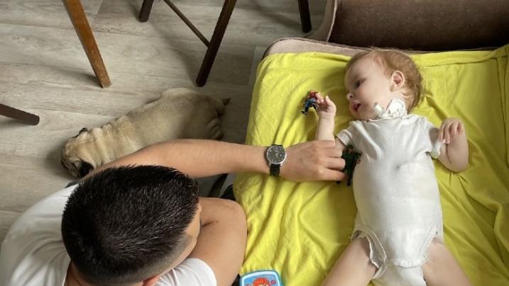 «У нас нет права на ошибку»: волгоградского малыша со СМА госпитализировали в Москве