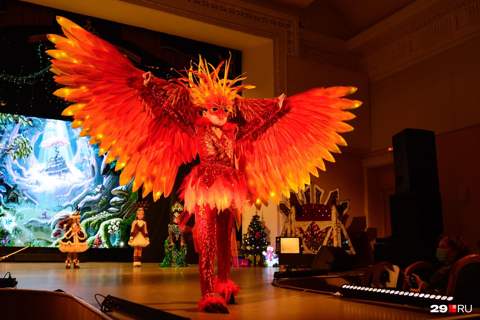 Наш ответ «Бёрдмену» — птица Феникс
