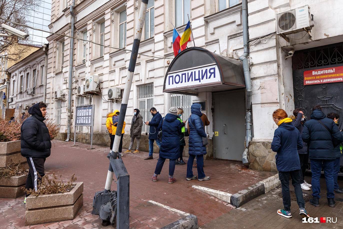 В третий отдел полиции 31 января не пускали даже адвокатов