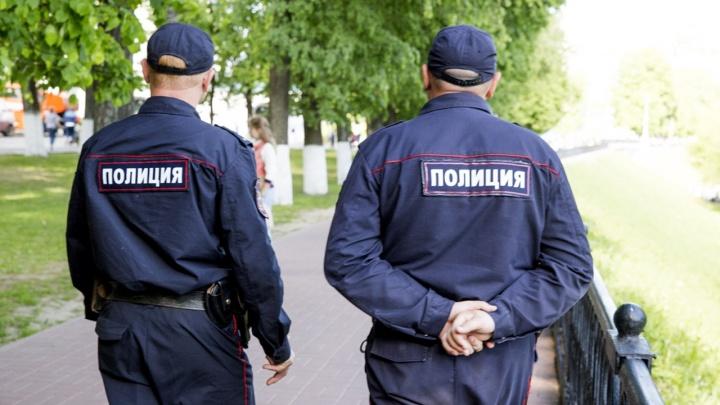 В Ярославле на улице Кирова 23-летний посетитель бара избил полицейского