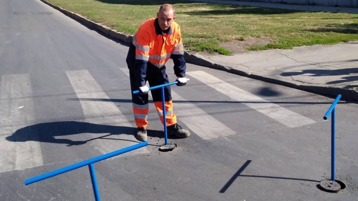 В Самаре с проезжих частей и тротуаров уберут водопроводные люки