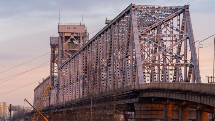 20 мая в Архангельске перекроют для проезда транспорта Северодвинский мост