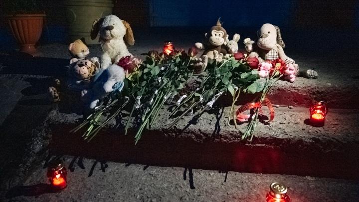 Двух полицейских обвинили в халатности из-за убийства 10-летних детей в Киселёвске