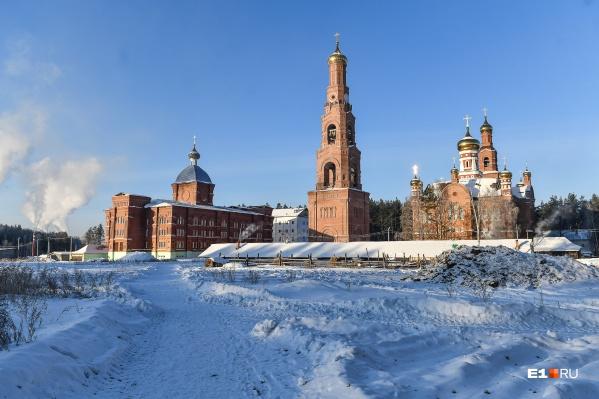 Екатеринбургская епархия выиграла суд, который признал, что один храм в Среднеуральском монастыре принадлежит митрополии