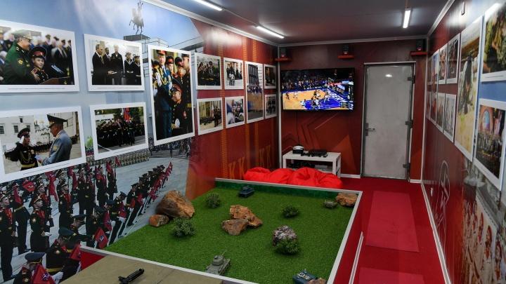 В Волгоград на несколько часов прибудет воинский эшелон Минобороны России