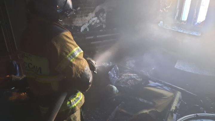 Под Тюменью при пожаре погибли двое детей