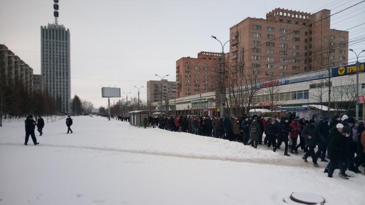 В Архангельске на акции в поддержку Навального задержали координатора фонда Ильи Варламова