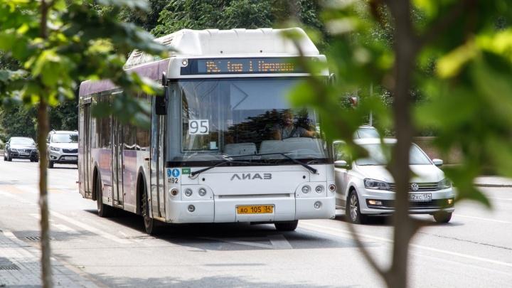 Жара валит людей в обморок. Волгоградцы жалуются на душегубки в городских автобусах
