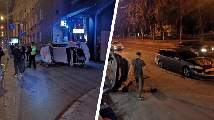 После ДТП на Красном проспекте такси «Ситимобил» перевернулось на бок — есть пострадавшие