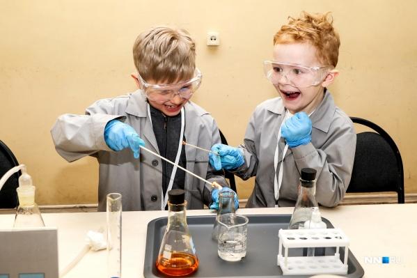 Обычно дети очень активно участвуют в музейных мастер-классах